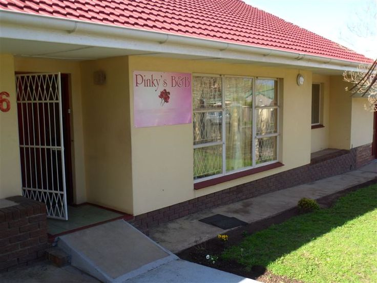 Pinky S B B Accommodation In East London Weekend Getaways Cape Town East London London Airports Sunshine Coast