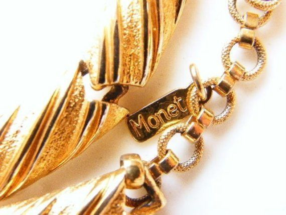 MONET Choker Necklace GoldTone Rectangle Links by PastEnchantments, $14.00 - SOLD