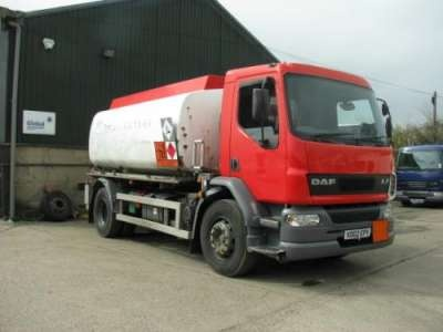 A 2002 Daf LF55 18 tonne fuel Tanker For Sale in Windsor