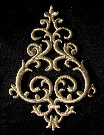 PB02 Silver Thread Trim Embroidery Applique Renaissan Floral - Click Image to Close