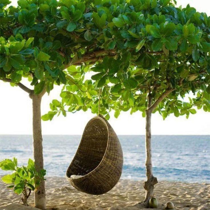 Funky bohemian cocoon hanging chair ~ Maison du Monde