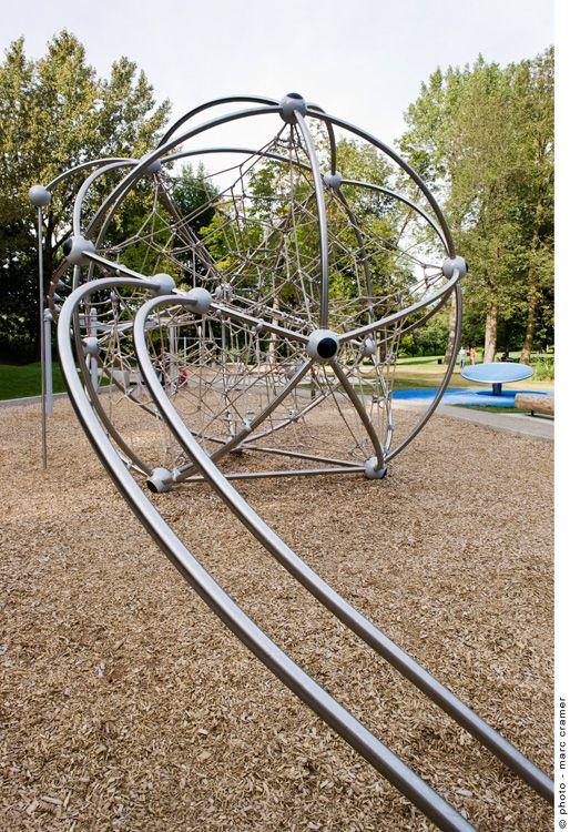 mount-royal-salamander-cardinal-hardy-playground-02 « Landscape Architecture Works | Landezine
