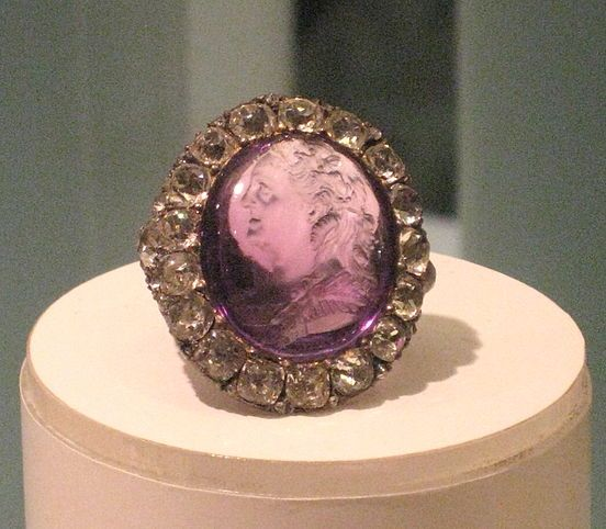 Ring of Catherine the Great surrounded by diamonds
