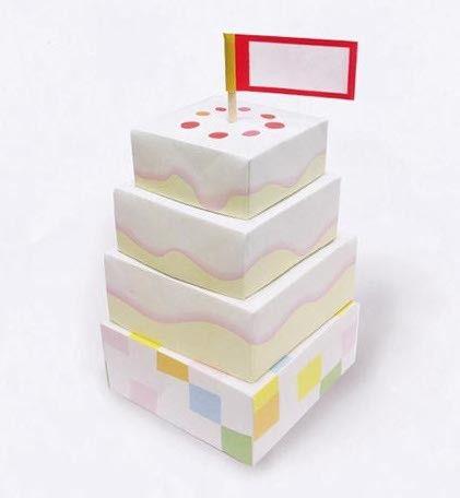 ショートケーキがつくれるセットです。あこがれの 3段ショートケーキ!もちろん 旗もついてます。おこさまといっしょにあそんだり、お誕生日プレゼントに添えたりでき...|ハンドメイド、手作り、手仕事品の通販・販売・購入ならCreema。
