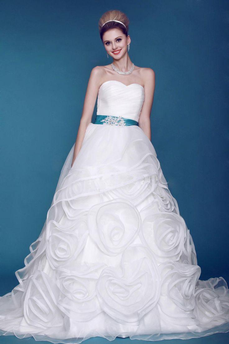 50 best Beautiful! images on Pinterest | Wedding frocks, Wedding ...