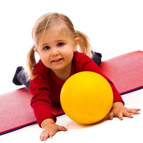 Bewegungsspiele für Babys und Kleinkinder - Elternwissen.com