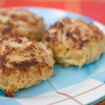 Authentic Maryland Jumbo Lump Crab Cakes Recipe - ZipList