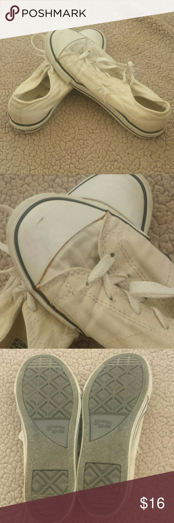 Converse shoes Ladies white (now off white) converse. These are a junior 5, but fit a 7. They've been worn and washed. Left sows some damage (see pic). But still in ok shape. Bundle for only $8. I ship items out daily and live in a smoke free home! ! Converse  Shoes Flats & Loafers