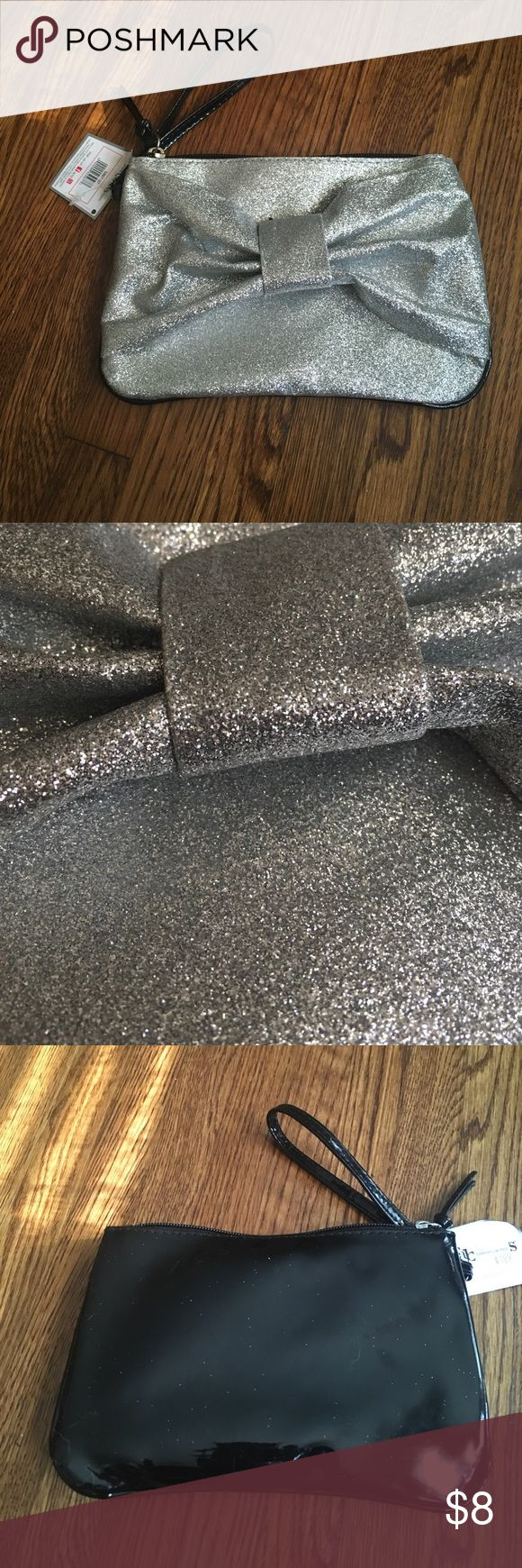 Silver glitter clutch New Clutch bag. Never worn. Very cute. Bags Clutches & Wristlets