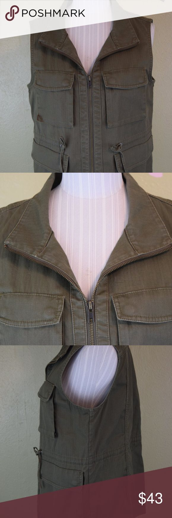 J Crew Utility Vest Small Green Army Pockets Great J Crew Utility Vest, great military feel.  Tons of pockets, green color. J. Crew Jackets & Coats Vests