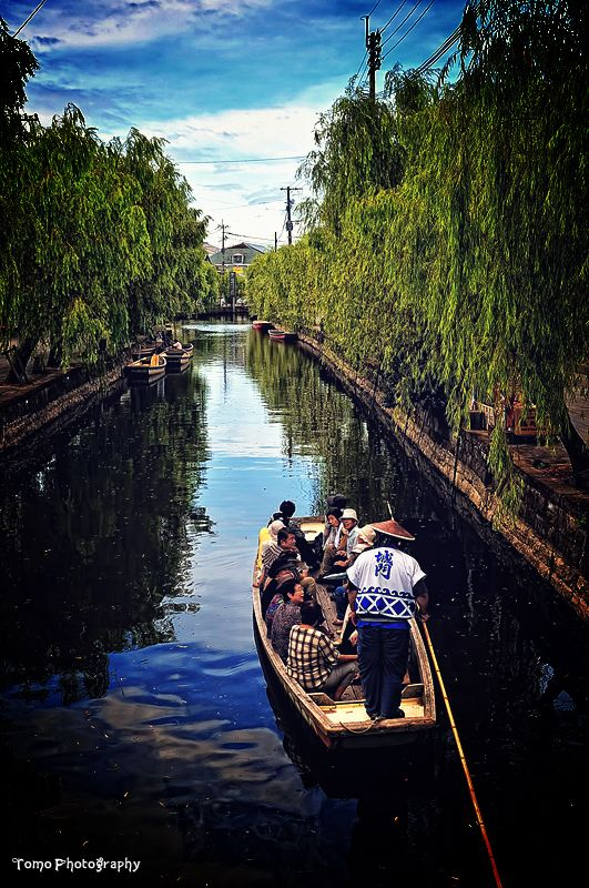 via Canal cruising in Yanagawa by *WindyLife on deviantART Japan
