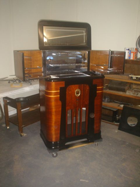 RADIO BAR PHILCO RESTORED BY DAYS