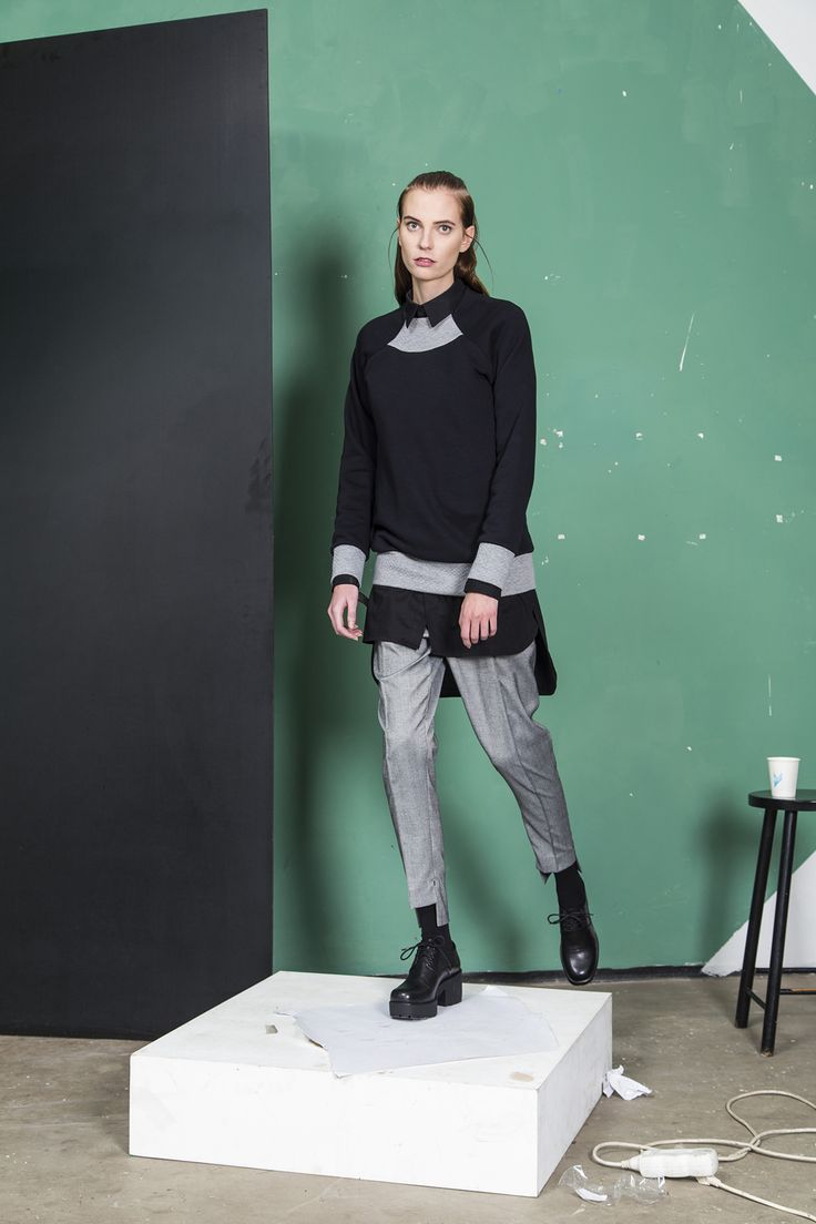 MEI KAWA | Quilted Detail Raglan Sweater