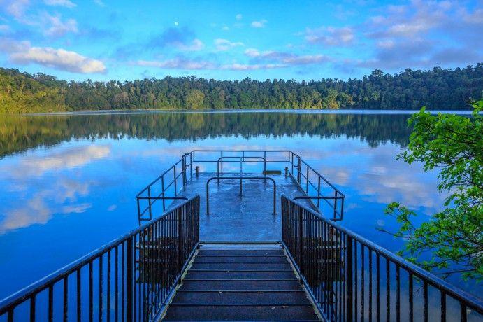 Lake Eacham by Jewelzee