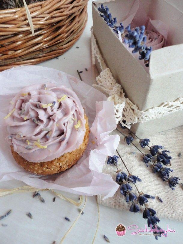 Levendulás-citromos cupcake