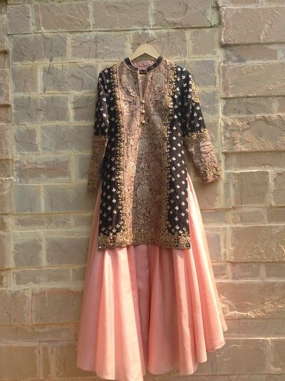 sangeet outfit, sharara , banarsi fabric, black and peach, elegant, mother of the bride outfit, cocktail outfit