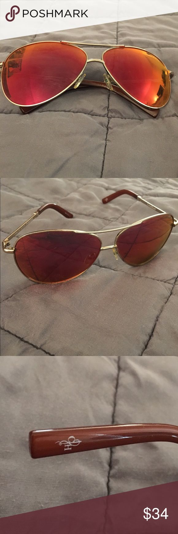 Polarized Cole Haan RED Gold Aviator sunglasses😎 Cole Haan RED / Gold Aviator polarized sunglasses 😎 Cole Haan Accessories Sunglasses