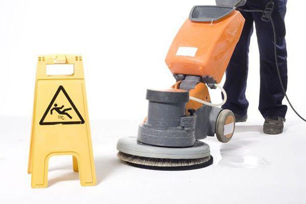 Video: Prevención en el servicio de limpieza - Prevencionar, tu portal sobre prevención de riesgos laborales.