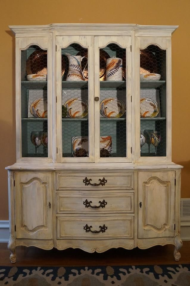 China cabinet painted with cece caldwell 39 s vintage white for Cece caldwell kitchen cabinets