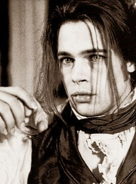 Brad Pitt - Interview with the Vampire. Bite me.. please?!