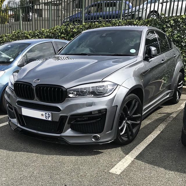 Tunertuesday With The Menacing Styling Of The Lumma Clr X 6 R On The