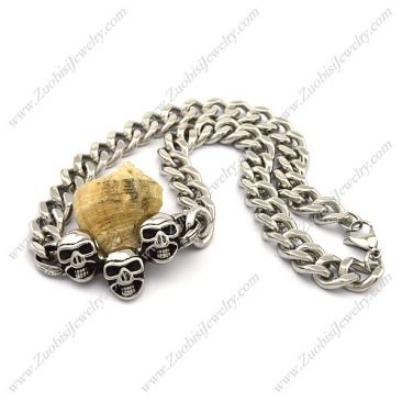 Steel Link Chain Necklace with 3 Skull Pendants n001028 Item No. : n001028 Market Price : US$ 84.70 Sales Price : US$ 8.47 Category : Biker Skull Necklaces