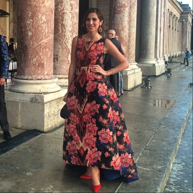 Why Florals are the IT PRINT this Summer Season! #floral #floralprint #dresses http://jetsetbabe.com/floral-prints-this-summer