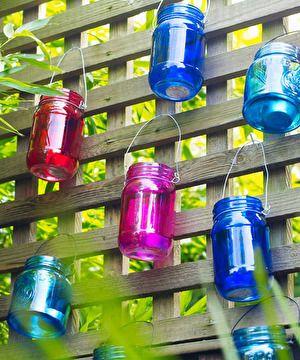 Bahçeler ve balkonlar için 10 renkli öneri
