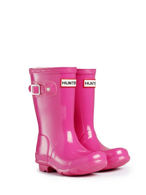 Kids Rain Boots | Rubber Wellington Boots | Hunter Boots.  They are soo cute!!! My feet are too small for big people shoes