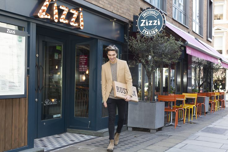 George Shelley pays pronto with Qkr! with MasterPass #ZizziGoodTimes
