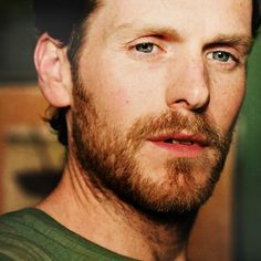 Shaun Evans so different with a beard......7 Oct 16 *A*