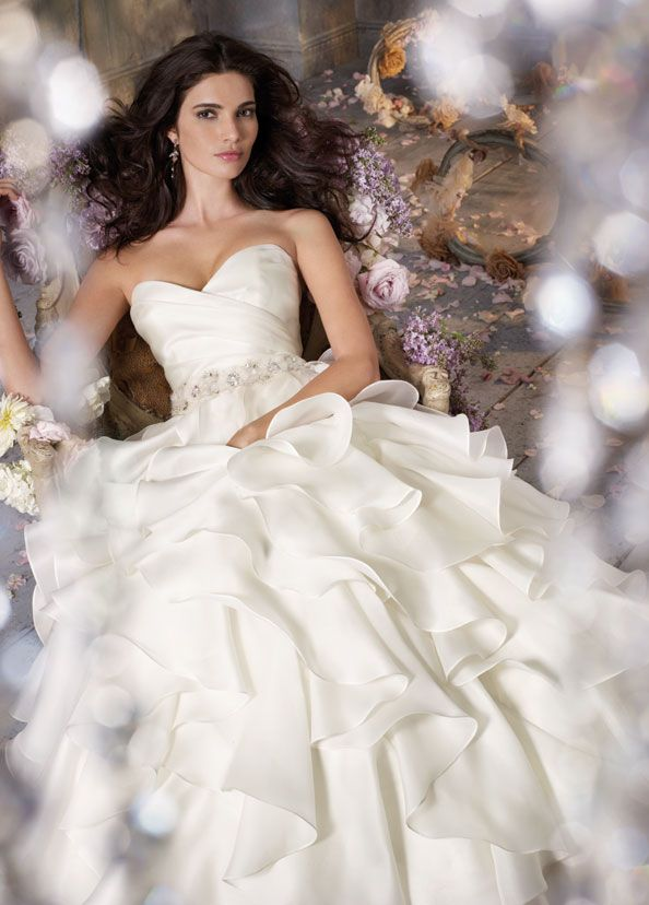 Nice Ivory Silk Satin Faced Organza A line bridal gown strapless draped bodice natural