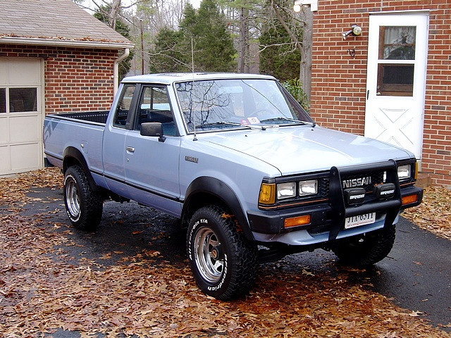 Car I used to drive. 1985 Nissan 4×4. It was brown.