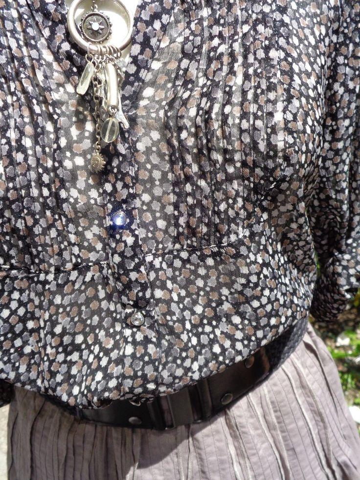 joli petit 2 pièces jupe jupon sud express et son haut armand&thiery t 38 40 | Vêtements, accessoires, Femmes: vêtements, Costumes, tailleurs | eBay!