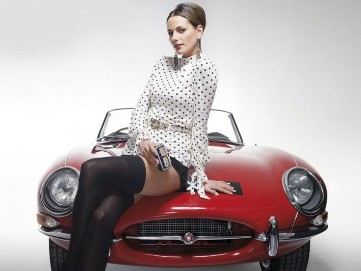 http://www.thegentlemanracer.com/search/label/Car%20Girls