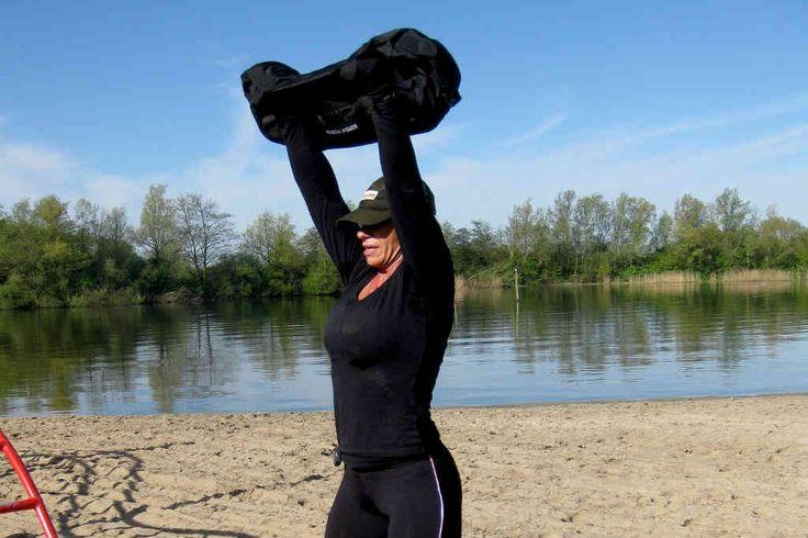 Hvis du vil lave den gode back to basic træning derhjemme, så køb disse sandsække til træning der giver en god overall billig træning for dig