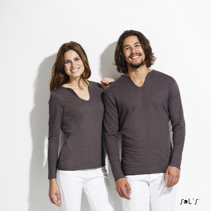 URID Merchandise -   T-SHIRT DE MANGA COMPRIDA EM MALHA SLUB PARA HOMEM   14.661 http://uridmerchandise.com/loja/t-shirt-de-manga-comprida-em-malha-slub-para-homem/