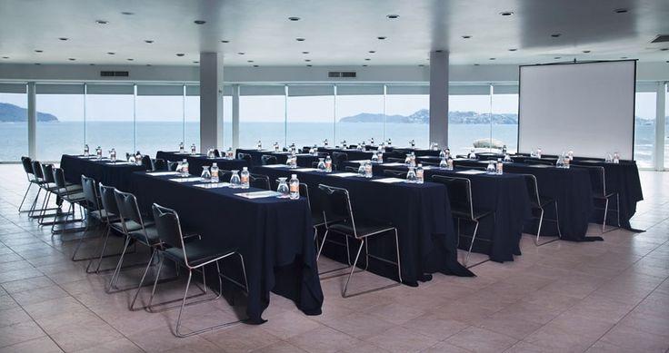Salón Acapulco, Hotel Calinda Beach
