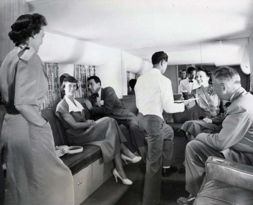 Flying United Airlines to Hawaii 1950s - looks like more fun than today's planes!