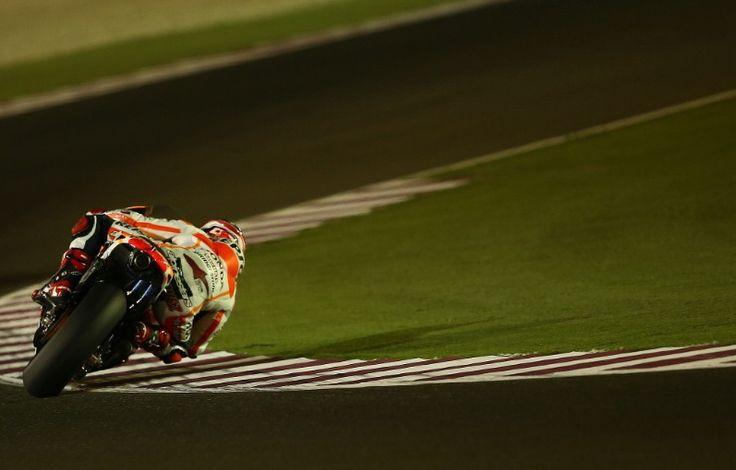 Cedera Sulitkan Marquez di Tikungan Kanan - http://www.iotomotif.com/cedera-sulitkan-marquez-di-tikungan-kanan/21809 #MarcMarquez, #Marquez, #MotoGP, #MotoGP2014, #MotoGPQatar, #MotoGPQatar2014
