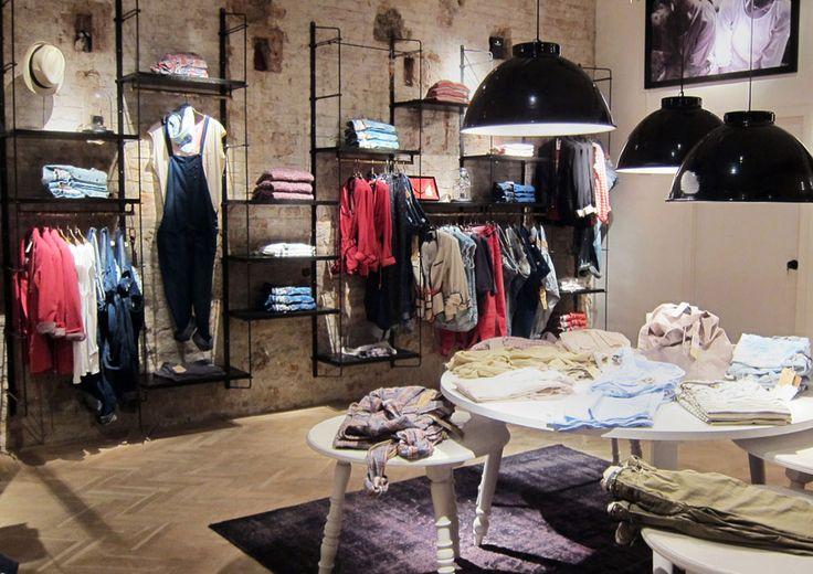scotch soda new store in barcelona stores pinterest. Black Bedroom Furniture Sets. Home Design Ideas