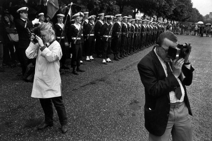 "Magnum Photos - Richard Kalvar FRANCE. Ile-de-France region. Yvelines department. Town of Conflans St Honorine. 1992. Annual ceremony of the ""Grand Pardon"". The local press."