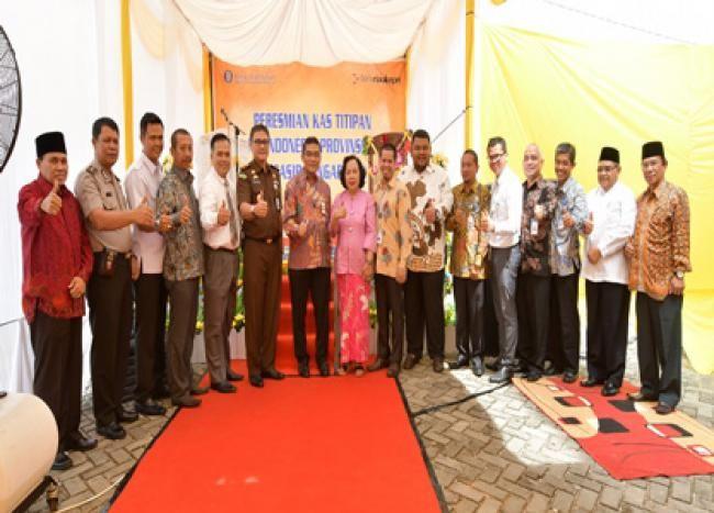 Pasir Pangaraian, Oketimes.com - Kas Titipan Bank Indonesia (BI) Perwakilan Riau resmi beroperasi di Kantor Cabang Bank Riau Kepri Cabang Pasir Pangaraian, Selasa