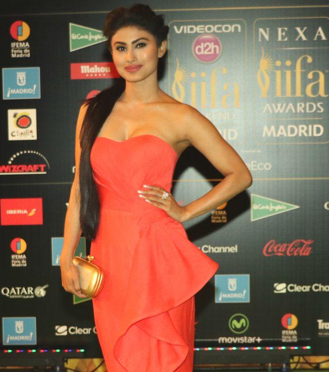 Mouni Roy at IIFA Awards 2016. #Bollywood #Fashion #Style #Beauty #Hot #Sexy