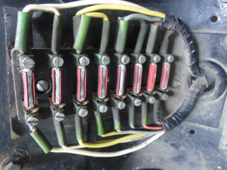 Can you believe this is the entire cars fuse box and fuses?