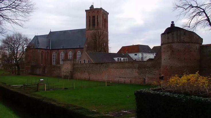 https://flic.kr/p/BRAh6b | Stads vestings met Grote Kerk Elburg