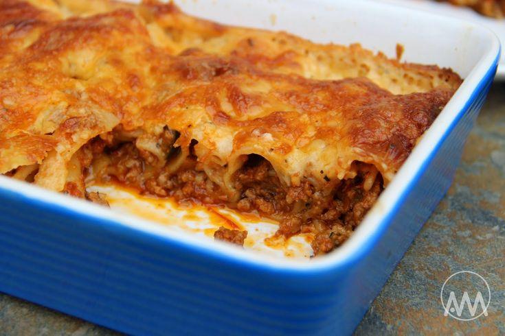 V kuchyni vždy otevřeno ...: Plněné cannelloni zapečené v sýrovém bešamelu