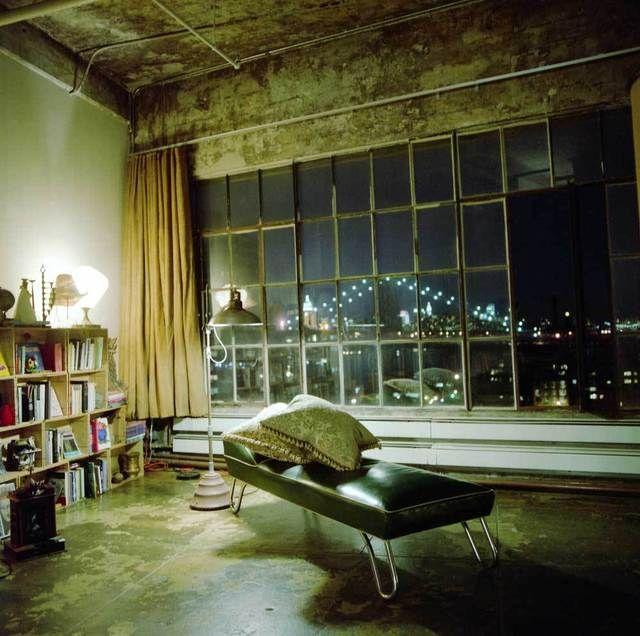 ivonne casas' loft in brooklyn, photo by laura ocelli (locellinystories.blogspot.com), via apartmenttherapy.com