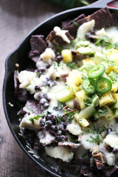 Skillet Seafood Nachos #comfortfood #nachos #seafood