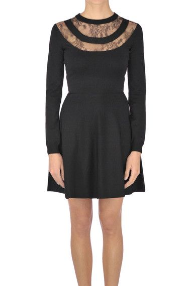 Buy Valentino Dresses on glamest.com Fashion Outlet, select the Valentino Lace-trimmed dress of your choice up to 50% off.